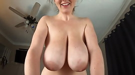 KCupQueen-Suprising Mommy for the Weekend