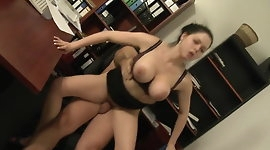 Saggy boobs - Bouncing tits