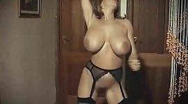 GET DOWN TONIGHT - huge boobs vintage stockings dancing
