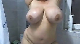 Plump Curvy Busty Woman Big Tits with Ass!