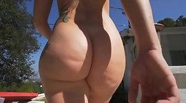 Walking big Booty - Jiggly Butt - Curvy Ass