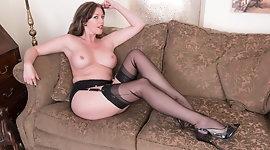 Redhead Milf masturbates big dildo in vintage lingerie nylon