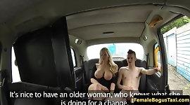 Cougar taxidriver fucks her student passenger