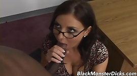MILF Maria Bellucci Anal Interracial Fucked
